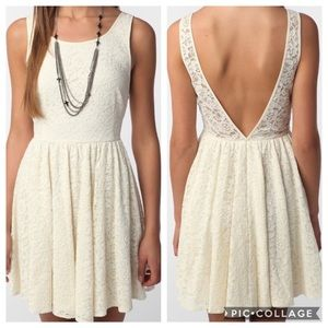 ANTHROPOLOGIE PINS AND NEEDLES LACE LOW BACK DRESS